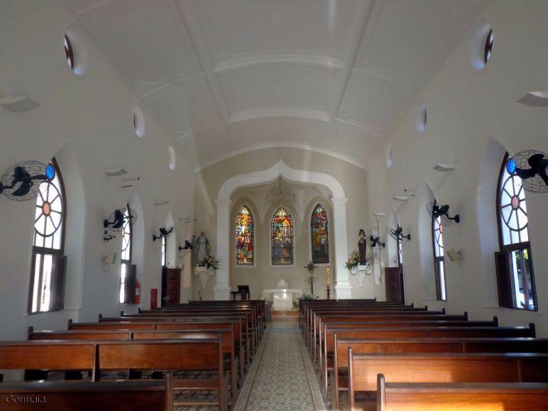Paróquia celebra festa de Santa Teresinha